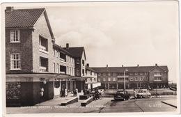 Gillingham: FORD ZEPHYR EOTA, AUSTIN A35 - Shopping Centre, 'Postoffice', 'Chemist' - Twydall Estate - (England) - Passenger Cars