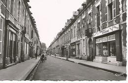 3/     Cpsm  14,5 X 9,5 Cm           37    Richelieu     Grande Rue - France