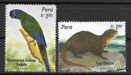 PERU- 2004 Endangered Species- Blue-headed Macaw & Pacific Marine Otter- 2V MNH Set - Peru