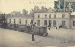 CPA 26 ROMANS LA GARE (TRAIN DEVANT LA GARE - Romans Sur Isere