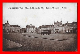 CPA (51) SAINTE-MENEHOULD.  Place De L'Hôtel De Ville, Caisse D'épargne Et Casino...I940 - Sainte-Menehould
