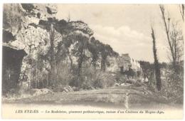 CPA 24 - LES EYZIES - La Madeleine, Gisement Préhistorique, Ruines D'un Château Du Moyen-Age - France