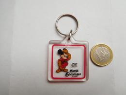 Beau Porte Clés , Disney , Mickey , World Showcase - Porte-clefs