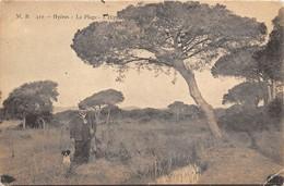 83-HYERES- LA PLAGE - L'HIPPODROME ? VOIR CHARSSEUR - Hyeres