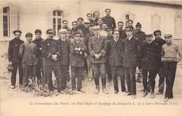83-CUERS-PIERREFEU- LE COMMANDANT DU PLESSIS, SON ETAT-MAJOR ET EQUIPAGE DU DIRIGEABLE  L 72 A CUERS-PIERREFEU - Cuers