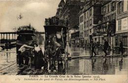 CPA PARIS La Grande Crue De La Seine 1910 Quai De Passy (578399) - La Crecida Del Sena De 1910