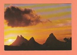 ILE MAURICE - MONTAGNE DES TROIS MAMELLES AU CREPUSCULE - Mauritius