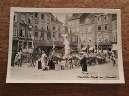 "Maastricht - Markt Met ""Mooswief"" - Taverne Metropole - Hotel Vanduk - Friture, Café, Restaurant - Maastricht"