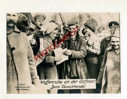 Cessez Le Feu-ALLEMANDS Et RUSSES-Fraternisation-Front EST-Grosse CP PHOTO All.-Guerre 14-18-1WK-Militaria-HOFFMANN - Oorlog 1914-18