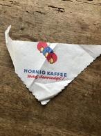 Serviette Publicitaire Venant D'Autriche Dans Les  Années 1967 - Company Logo Napkins