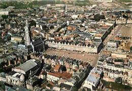62 - Arras - L'Hotel De Ville - La Place Des Héros - Vue Aérienne - Flamme Postale De Douai - Voir Scans Recto-Verso - Arras