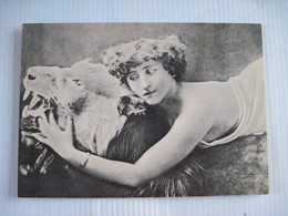 CPSM COLETTE  40 Le Lion Collection REUTLINGER PARIS TBE - Autres Illustrateurs