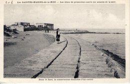 13. Les Saintes Maries De La Mer. Les Blocs De Protection Contre Les Assauts De La Mer - France