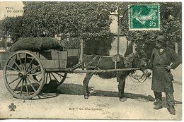 962. CPA ECRITE DE RIBERAC. CARTE EN GRANDE PARTIE DEDOUBLEE. TYPE DU CENTRE. UN CHARBONNIER - Riberac