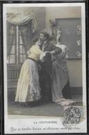 CPA COUPLES - La Couturière - Couples