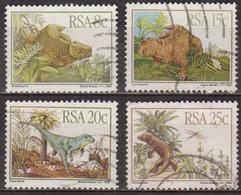 Animaux Préhistoriques - AFRIQUE DU SUD - Dinosaures: Bradysaurus, Lystrosaurus, Euparkeria - N° 527 à 530 - 1982 - Afrique Du Sud (1961-...)
