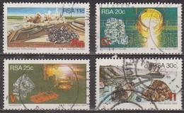 Ressources Minières Stratégiques - AFRIQUE DU SUD - Manganèse, Chrome, Vanadium, Titane - N° 552 à 555 - 1984 - Afrique Du Sud (1961-...)