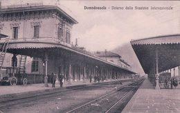 Italie, Domodossola, Interno Della Stazione Internazionale, Chemin De Fer (10.8.1913) - Autres Villes