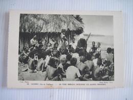 CPM OCEANIE (Ile Du Pacifique) UN PERE MARISTE CATECHISE LES JEUNES INDIGENES  TBE - Ansichtskarten