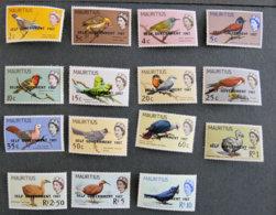 ILE MAURICE - MAURITIUS - 1967 - YT 296 à 310 * -  Serie Courante - Oiseaux - Mauritius (1968-...)