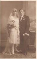 Junges BRAUTPAAR, Fotokarte 1927 - Paare