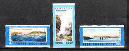 Urss  - 1966.  Viste Della Kamchatka: Geiger. Views Of Kamchatka: Geiger. MNH - Vulcani