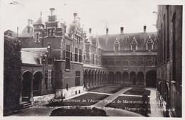 Mechelen, Malines, Binnenkoer Van Het Oud Paleis Van Margaretha Van Oostenrijk (pk58238) - Malines