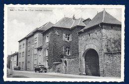 Izel.(Chiny). Ecole De L'Etat ( Ancien Château) - Chiny