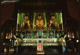 Hong Kong  -  Monastery  -  Three Large Buddhas  -  Ansichtskarte Ca.1992    (10330) - China (Hongkong)