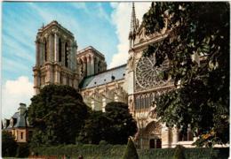 4KSL 532 PARIS - LA CATHEDRALE NOTRE DAME   (DIMENSIONS 10 X 15CM) - Notre Dame De Paris