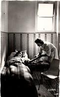 Infirmière Aux Cures De Royat 63 - La Piqûre De Gaz - édit La Cigogne - Gesundheit