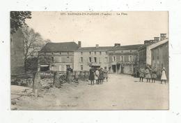 Cp , 85 , BAZOGES EN PAREDS ,la Place , Lib. Jehly-Poupin,n° 3275 ,  Voyagée 1926 - Frankreich
