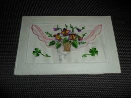 Carte Brodée ( 18 )  Geborduurde Kaart  Carte Enveloppe - Embroidered