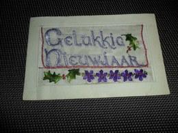 Carte Brodée ( 22 )  Geborduurde Kaart  Carte Enveloppe - Embroidered