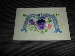 Carte Brodée ( 39 )  Geborduurde Kaart - Embroidered