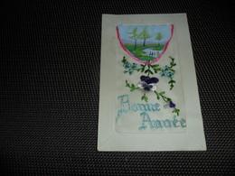 Carte Brodée ( 40 )  Geborduurde Kaart - Embroidered