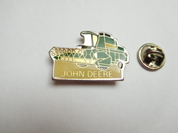 Beau Pin's ,  Matériel Agricole John Deere , Agriculture , Moissonneuse Batteuse - Autres