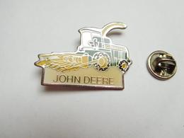 Beau Pin's ,  Matériel Agricole John Deere , Agriculture , Ensileuse - Autres