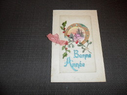 Carte Brodée ( 78 )  Geborduurde Kaart  ( Pas Une Carte Postale , Carte De Voeux ) - Embroidered