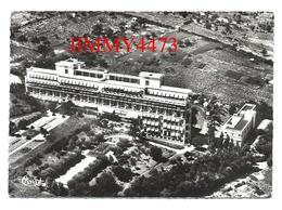 CPM Dentelées - Vue Aérienne De L'Hôpital Sabourin En 1964 - MONTFERRAND 63 Puy De Dôme - Ed. COMBIER N°106  Recto-Verso - Clermont Ferrand