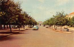 "M07877 ""AVENIDA DE REPUBLICA-BISSAU"" ANIMATA-FURGONE FORD,LAMBRETTA ,ALTRE AUTO '60  CART ORIG. SPED. 1966 - Guinea Bissau"
