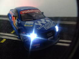 Scalextric Audi TT Avec Lumière Con Luces - Carros