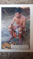 CPM VENEZUELA AMAZONAS INDIEN FUMANT PRATIQUANT UN RITUEL PHOTO RAUL SOJO - Venezuela