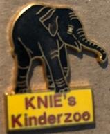 ELEPHANT - ELEFANT - KINDERZOO KNIE'S ZIRKUS - CIRQUE - CIRCUS - SUISSE - SCHWEIZ - SWITZERLAND - ELEPHANTEAU - (21) - Tiere
