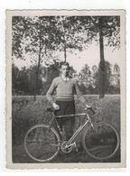 Temse? Wielrenner  Fotokaart Uit Album Van Temse - Cartes Postales