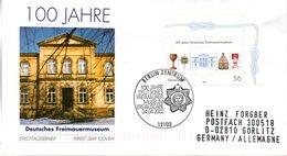 """BRD Schmuck-FDC: """"100 Jahre Deutsches Freimaurermuseum, Bayreuth"""", Mi.2247 ESSt 4.4.2002 BERLIN ZENTRUM - [7] République Fédérale"""