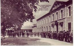 (21). Dijon. Ecole Primaire Superieure Et Ecole Pratique. Entree Principale Et Cour De Recreation - Dijon