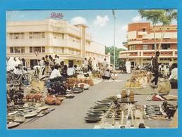 LEOPOLDVILLE,PETIT MARCHE DU BOIS ET DE L'IVOIRE. - Kinshasa - Leopoldville (Leopoldstadt)
