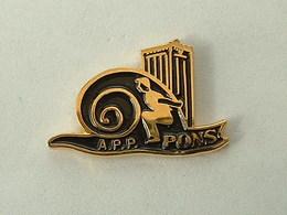 Pin's ESCARGOT - A.P.P PONS - PETANQUE - Animaux