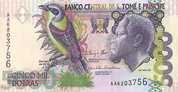 St Thomas & Prince P65, 5,000 Dobras, Papa Figo Bird / Hospital UNC See UV $8 CV - Sao Tomé Et Principe